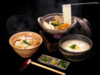 「花山うどん」三種のつゆで味わう三冬麺